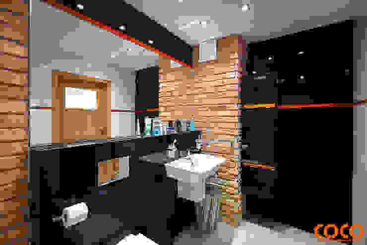 Męska łazienka Industrialna łazienka od COCO Pracownia projektowania wnętrz Industrialny