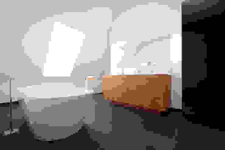 Badezimmer und mehr Moderne Badezimmer von Koschany + Zimmer Architekten KZA Modern