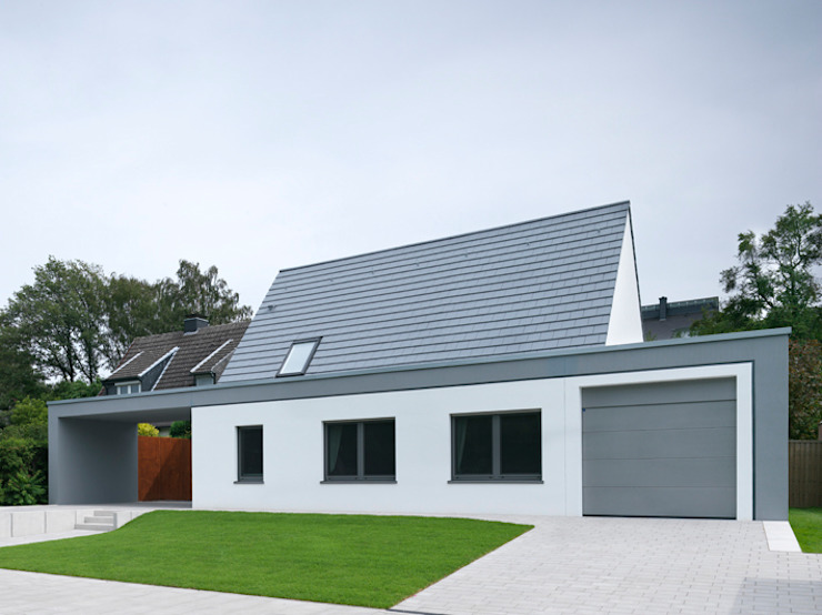 Ansicht von der Straße Moderne Häuser von Koschany + Zimmer Architekten KZA Modern