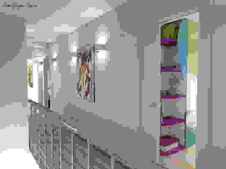Arch. Giorgia Congiu Modern Corridor, Hallway and Staircase