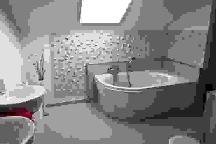 Motto Wandverkleidung im Badezimmer - Rose Klassische Badezimmer von Loft Design System Deutschland - Wandpaneele aus Bayern Klassisch
