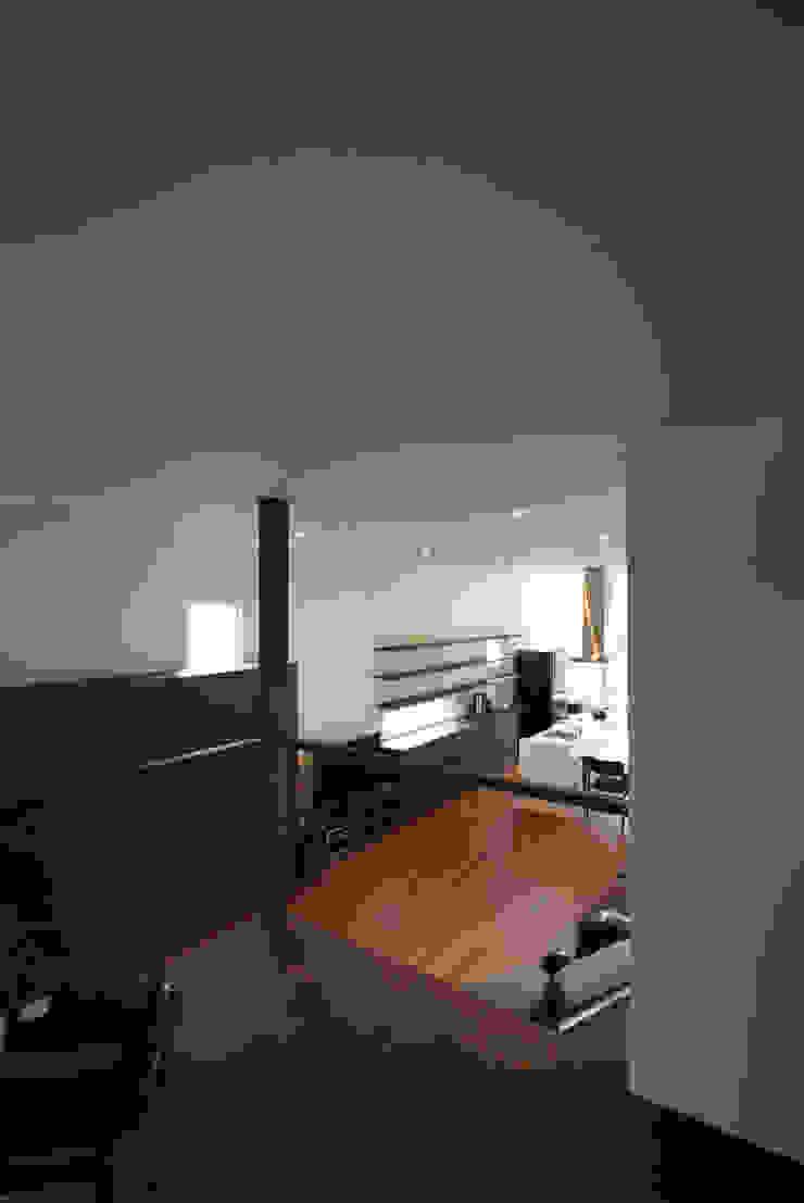 HGCNH モダンデザインの リビング の 株式会社コウド一級建築士事務所 モダン