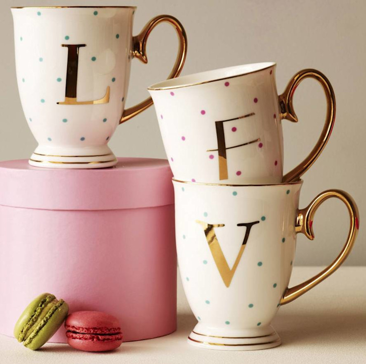 Spotty China Letter Mug par The Letteroom Moderne