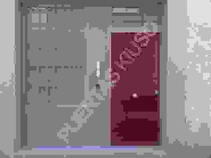 PUERTA MONTANTE 5 PUERTAS KIUSO Puertas y ventanasPuertas
