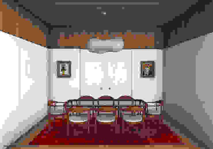 Apartamento Lumiar_Reabilitação Arquitectura + Design Interiores Salas de jantar minimalistas por Tiago Patricio Rodrigues, Arquitectura e Interiores Minimalista