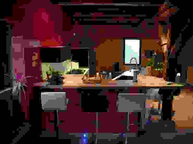 Cocinas de estilo moderno de Atelier Cuisine Moderno