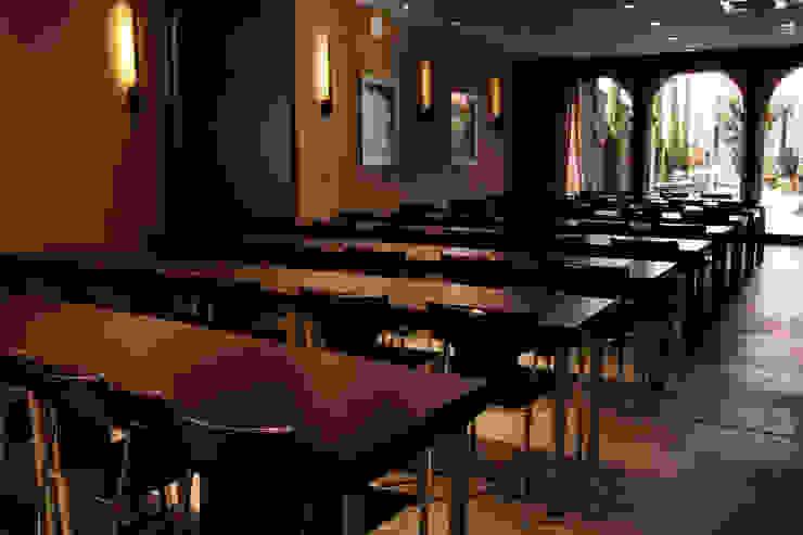 Sala multifuncional Hoteles de estilo moderno de Gramil Interiorismo II - Decoradores y diseñadores de interiores Moderno