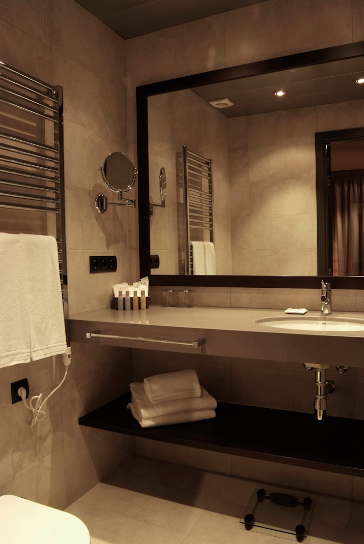 Baño Hoteles de estilo moderno de Gramil Interiorismo II - Decoradores y diseñadores de interiores Moderno