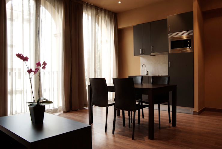 Habitación Hoteles de estilo moderno de Gramil Interiorismo II - Decoradores y diseñadores de interiores Moderno