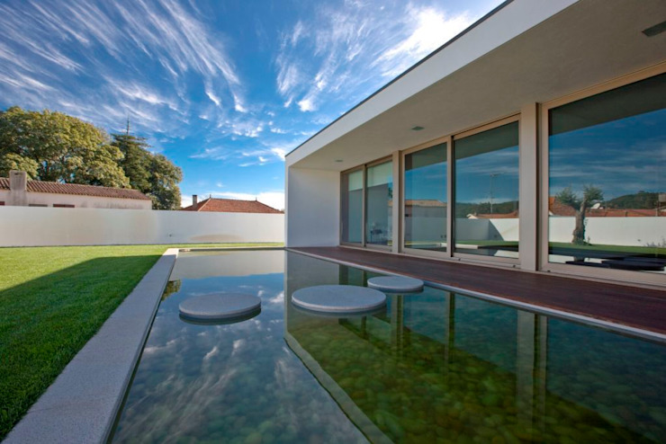 Modern houses by Atelier Lopes da Costa Modern
