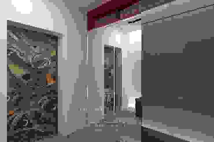 Интерьер прихожей в стиле лофт Коридор, прихожая и лестница в стиле лофт от Студия дизайна интерьера Руслана и Марии Грин Лофт