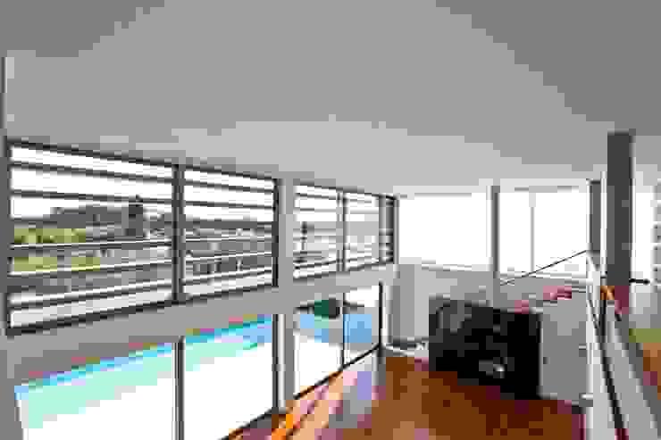 Casa SG: Salas de estar  por Atelier Lopes da Costa,Moderno