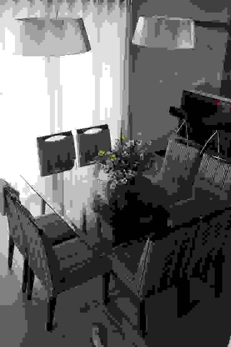 Cobertura Zona Norte Salas de jantar modernas por Elaine Medeiros Borges design de interiores Moderno