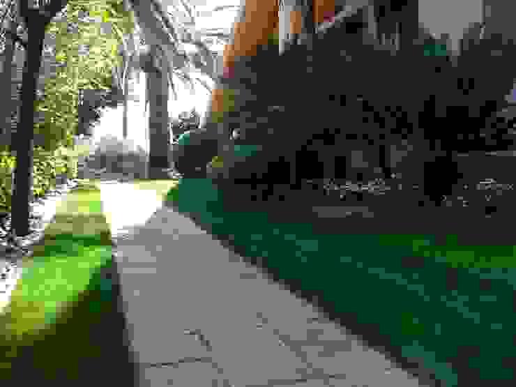 Gregal Wind Jardines de estilo mediterráneo de Estudio de paisajismo 2R PAISAJE Mediterráneo
