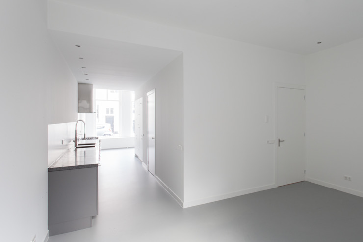 architectenbureau Huib Koman (abHK) Minimalist kitchen