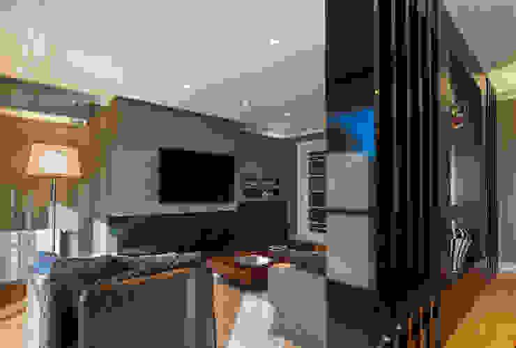 SALA DE ESTAR Salas de estar modernas por Adriane Cesa Arquitetura Moderno
