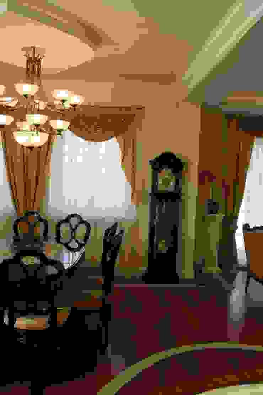 Dom klasyczny Klasyczny salon od 1Architekt Magdalena Mirek-Roszkowska Klasyczny