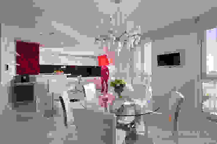 Fashion apartment Кухня в стиле минимализм от Yakusha Design Минимализм