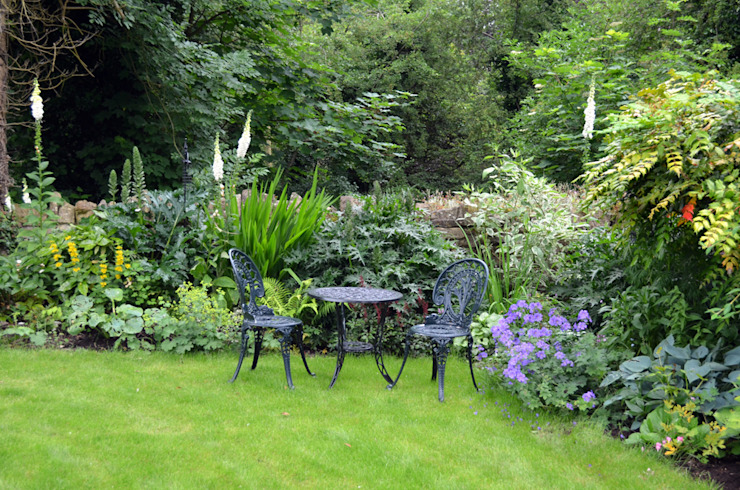 A garden on the riverbank de Susan Dunstall Landscape & Garden Design