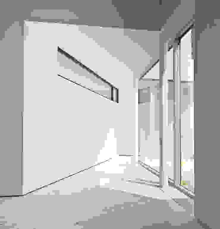 psh Koridor & Tangga Minimalis