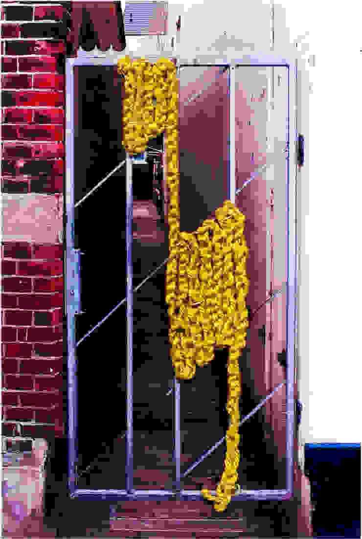 006: modern  door Lianne Louise, Modern