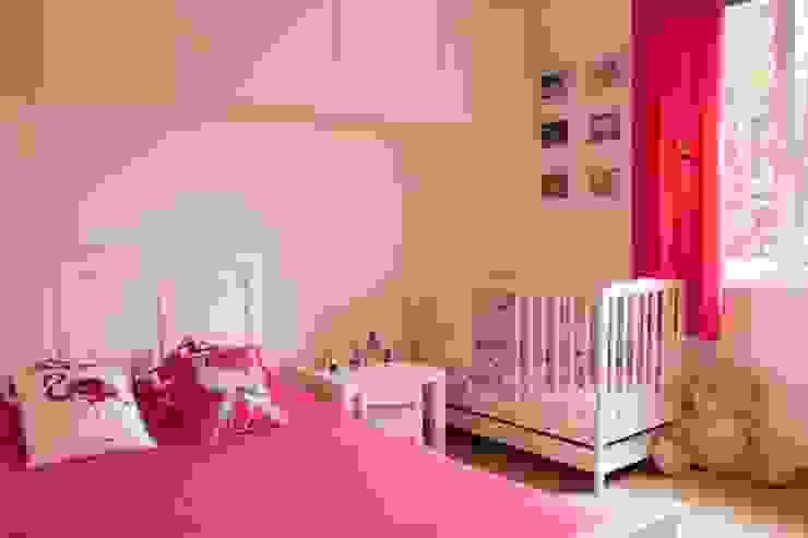 Dormitorios infantiles de estilo moderno de A&A Studio Wnętrz Moderno