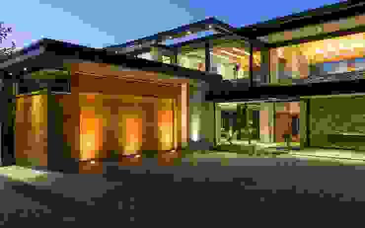 House in Blair Atholl Дома в стиле модерн от Nico Van Der Meulen Architects Модерн