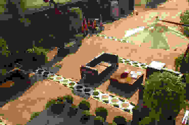 Jardim – Ellos por Renata Rubim Design & Cores Moderno