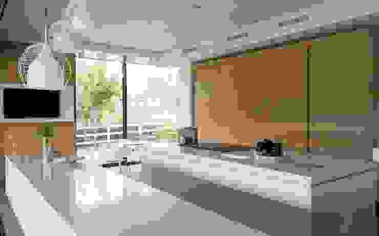 House in Blair Atholl Nico Van Der Meulen Architects Moderne Küchen