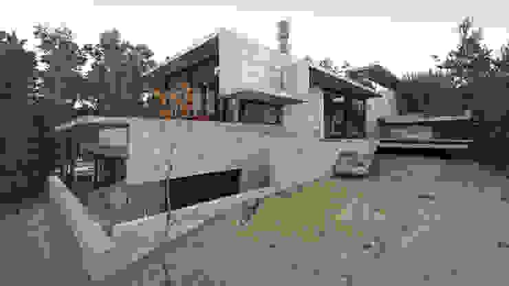 CASA WEIN: Casas de estilo  por Besonías Almeida arquitectos,Moderno
