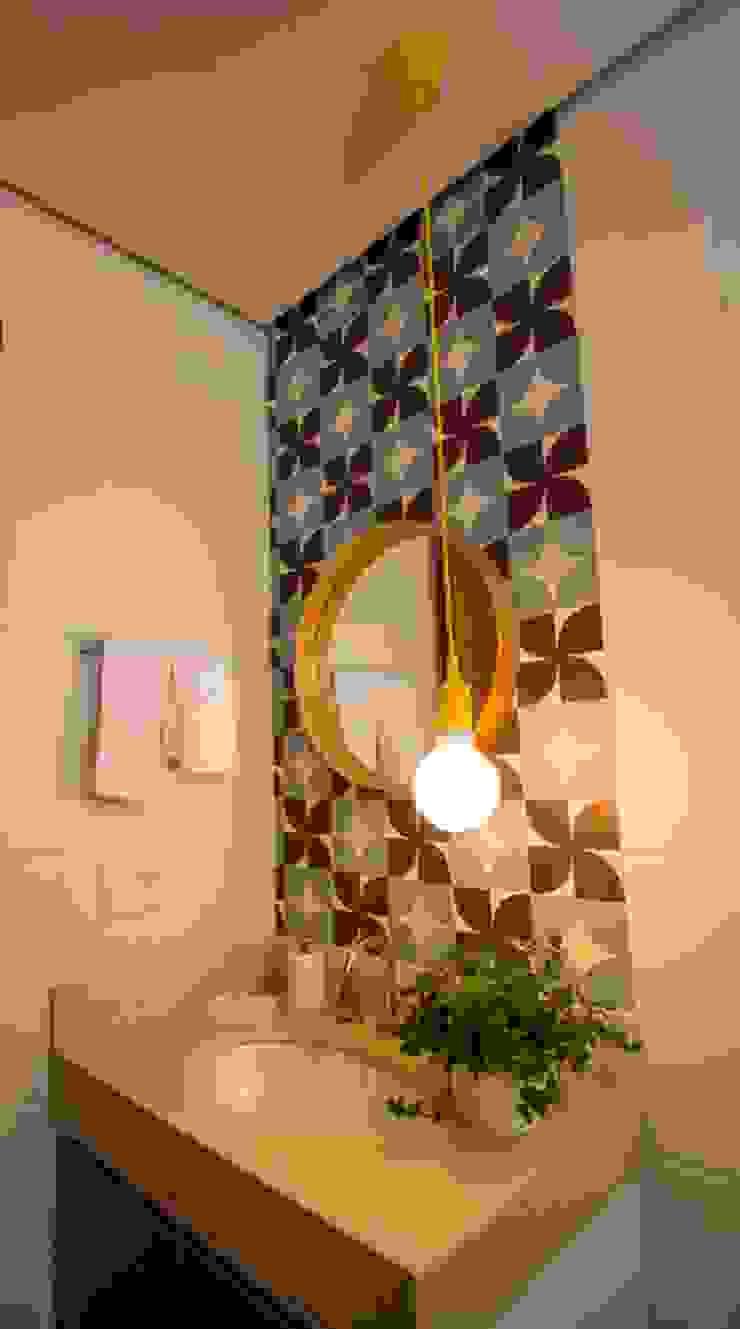 Apartamento Tamboré Banheiros modernos por Le Haus - Arquitetura +Design Moderno
