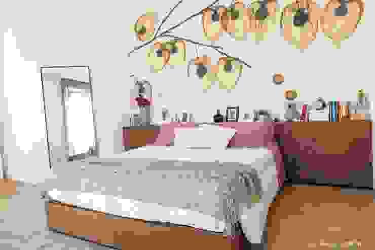 House 090 Camera da letto minimalista di COOLSTOODIO Minimalista