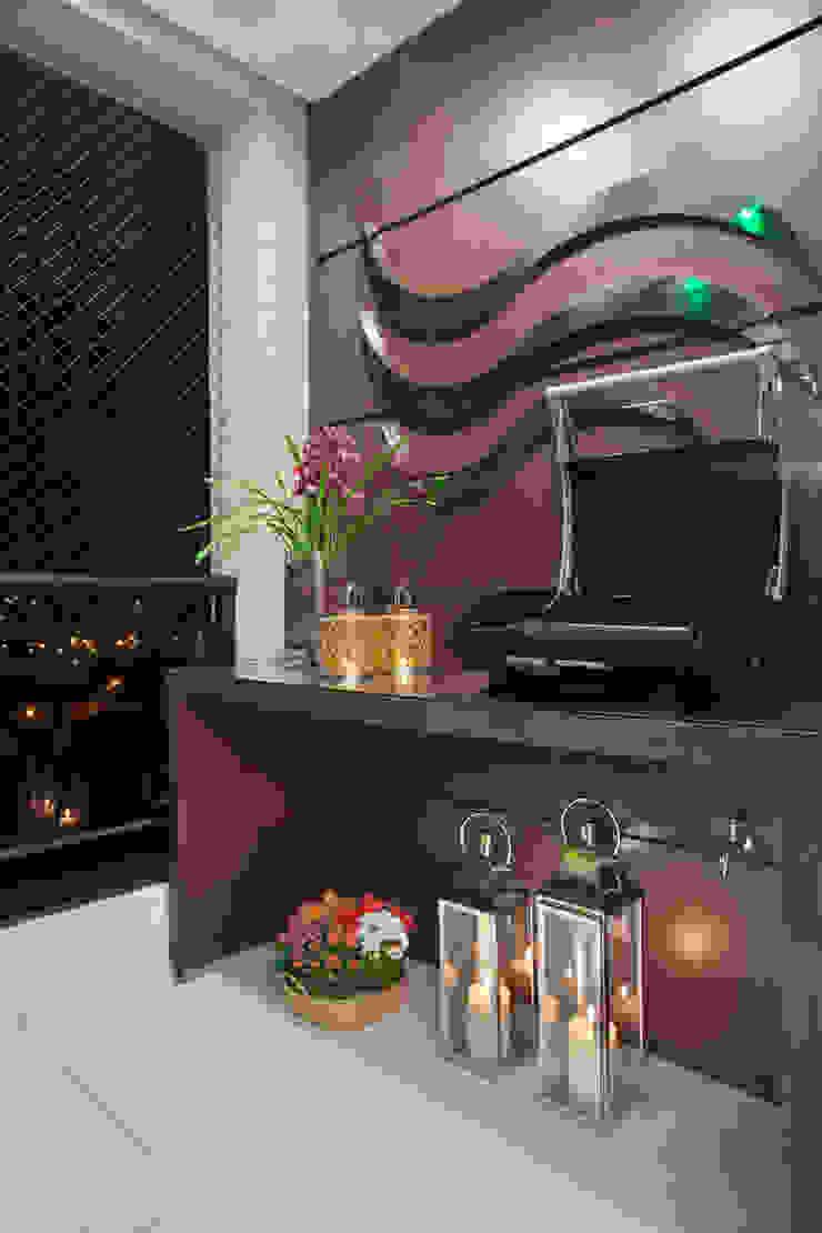 Apartamento Jatobá Varandas, alpendres e terraços modernos por Designer de Interiores e Paisagista Iara Kílaris Moderno