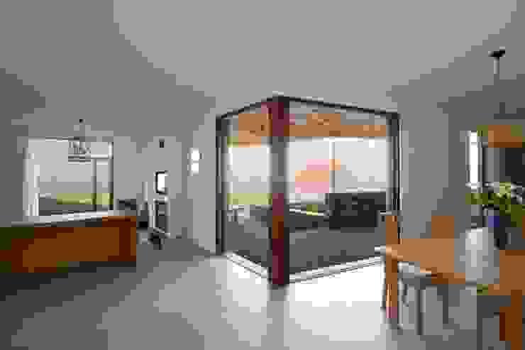 Turismo rural Casas da Vereda Salas de jantar modernas por Mayer & Selders Arquitectura Moderno