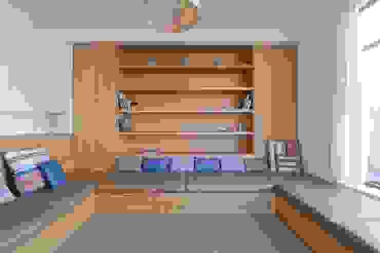 Turismo rural Casas da Vereda Salas de estar minimalistas por Mayer & Selders Arquitectura Minimalista