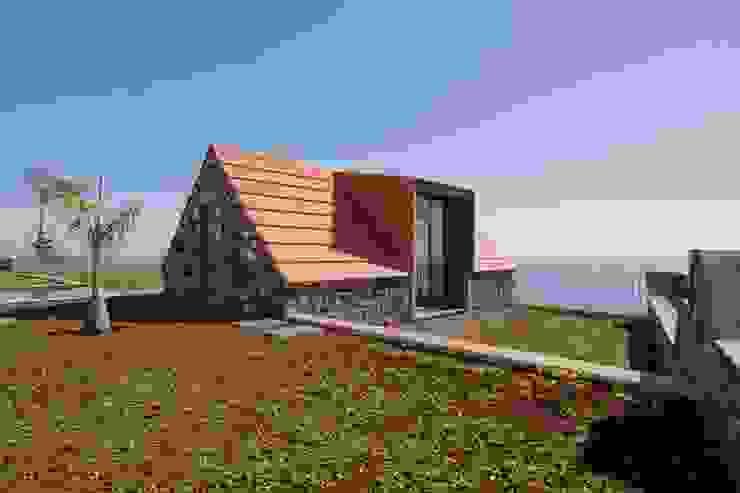 Rural Tourism Casa da Vereda Rustic style house by Mayer & Selders Arquitectura Rustic