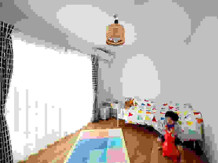 UMH モダンデザインの 子供部屋 の +0 atelier | プラスゼロアトリエ モダン