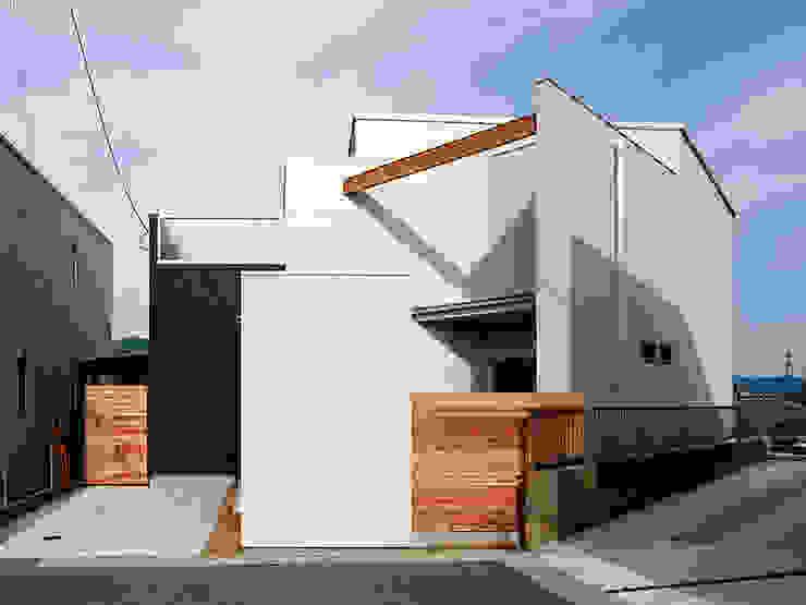 いれこ モダンな 家 の +0 atelier | プラスゼロアトリエ モダン