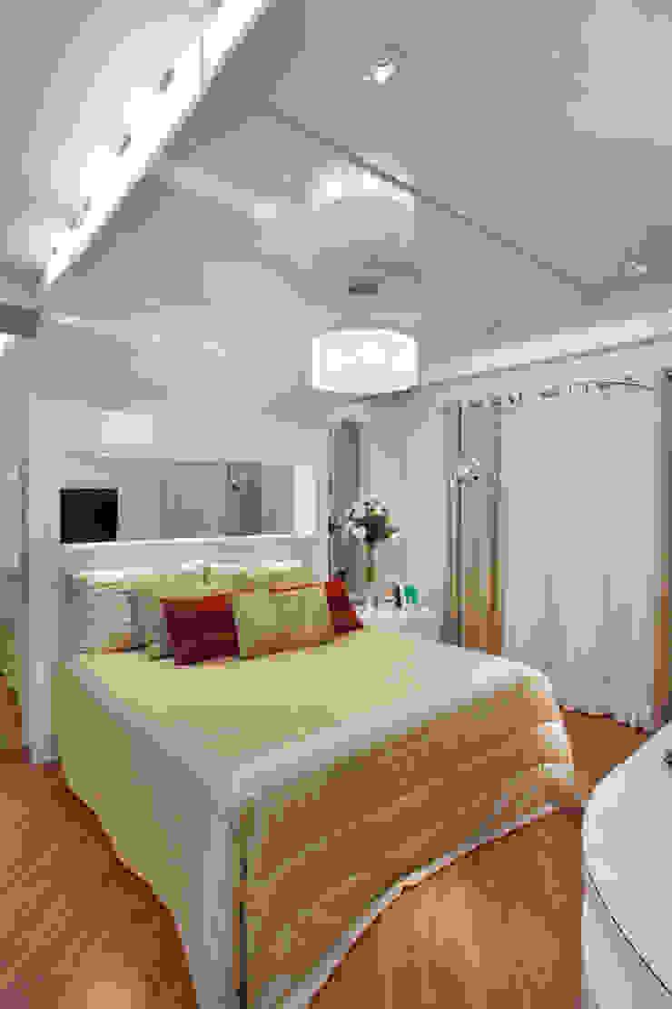Apartamento Jatobá Quartos modernos por Designer de Interiores e Paisagista Iara Kílaris Moderno
