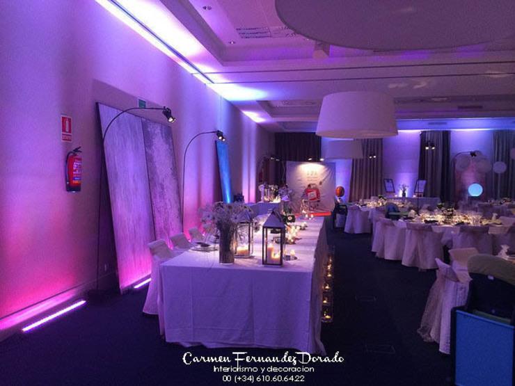 Atrezzo para boda Salones de estilo minimalista de Carmen Fernandez Interiorismo y Eventos Minimalista