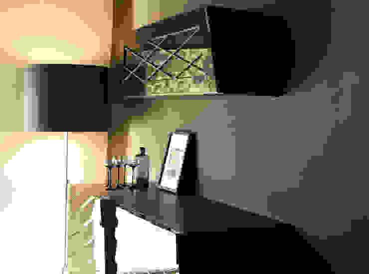 Mueble aparador Satisfaction, Serie Ultramar de JUAN ARES Marine Design Ecléctico