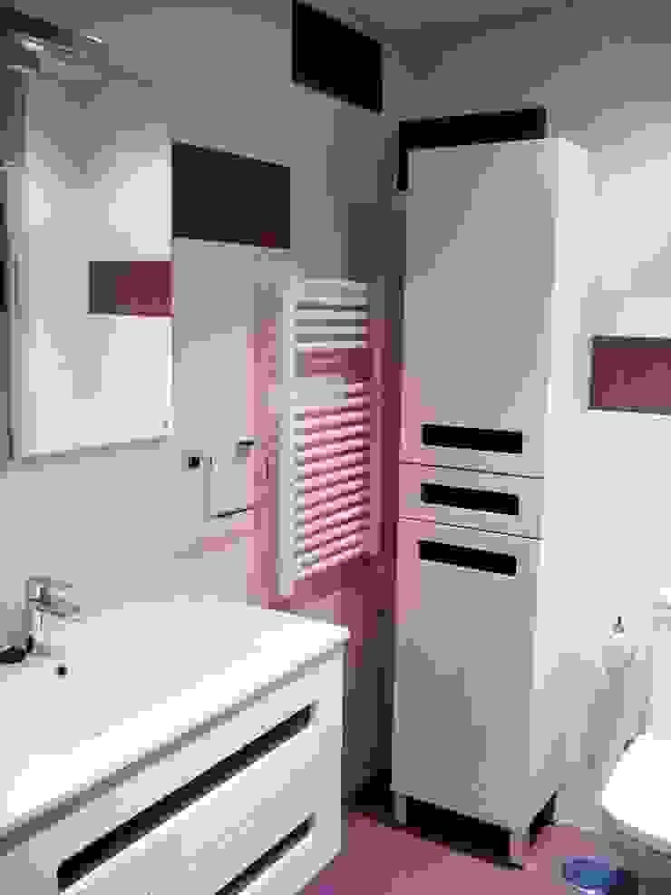 Baños Baños de estilo moderno de Dome Moderno