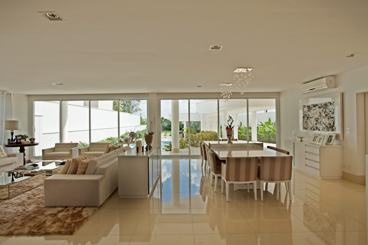 Casa Piracicaba Salas de estar modernas por Arquiteto Aquiles Nícolas Kílaris Moderno
