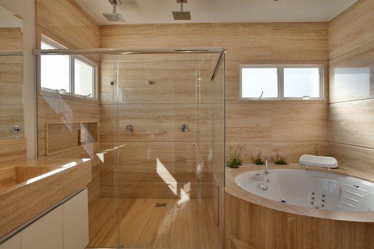 Bathroom by Arquiteto Aquiles Nícolas Kílaris,