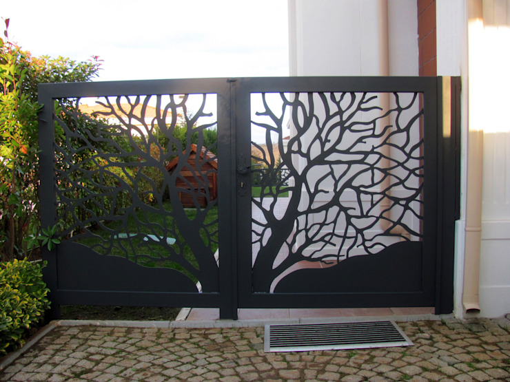 Modern style gardens by Teknik Metal Ferforje Modern