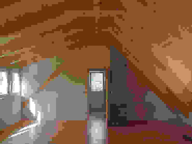 Dormitorios de estilo escandinavo de Andreßen Architekten Escandinavo