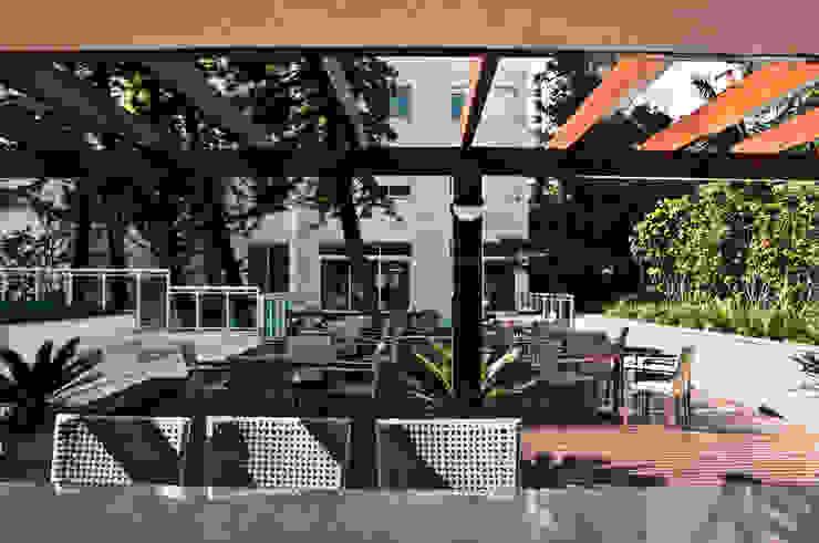 Madero – Goldsztein Cyrela Jardins clássicos por Tellini Vontobel Arquitetura Clássico