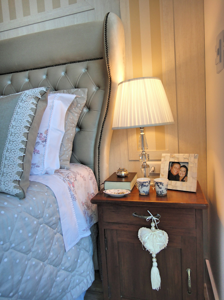 Classic style bedroom by Gabriela Herde Arquitetura & Design Classic