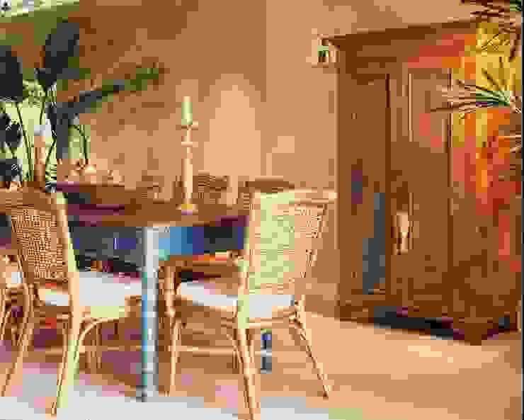 Casa no litoral Salas de jantar rústicas por homify Rústico