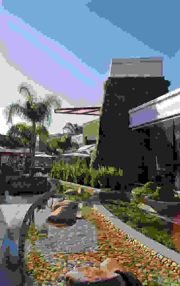 Paseo Zona Sul Shopping Centers ecléticos por Tellini Vontobel Arquitetura Eclético